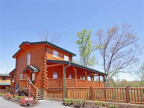 magic mountain retreat cabin gatlinburg tn hemlock