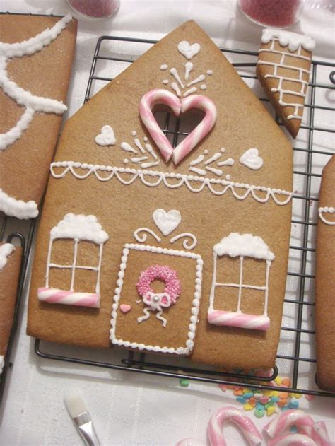 gingerbread home decor butter hearts sugar gingerbread house part 2 decorating