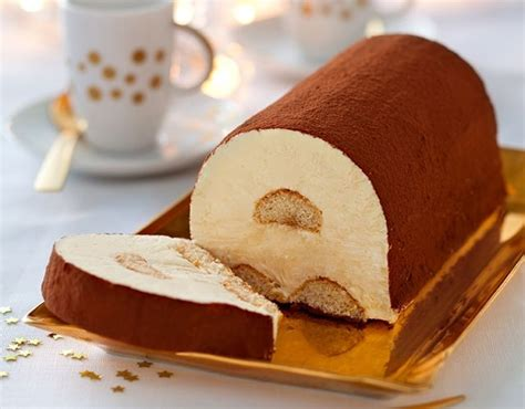 1000 ideas about buche de noel glac 233 e on decor chocolat blanc le gateau magique