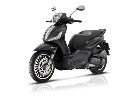 Review Piaggio Beverly by 2017 Piaggio Beverly 300 By Review