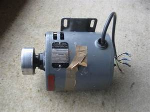 Need Help To Wire A Capaciter To A Electric Motor