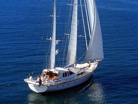 Sailing Boats For Sale Gumtree Australia by Wooden Boat Sailing School Maine Skiff Sailing Boats For