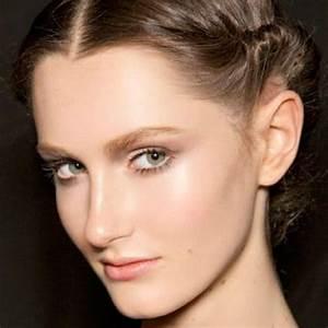 Comment Couper Les Cheveux Courts : coiffure cheveux courts comment faire une coiffure sur cheveux courts elle ~ Farleysfitness.com Idées de Décoration