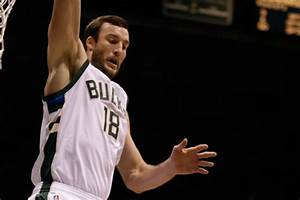 Trade season begins as Bucks send Miles Plumlee to Hornets ...