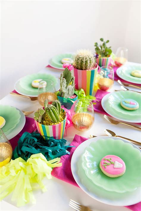 colorful table ls 25 theme ideas