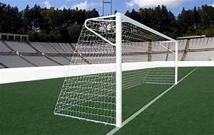 Portería de fútbol 11 reglamentaria