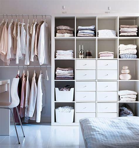 Kallax Regal Als Kleiderschrank by Mulig Vaatetanko Expedit Hylly Ikea Closet In 2019