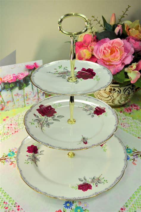 roses  remember pattern large  tier cake stand