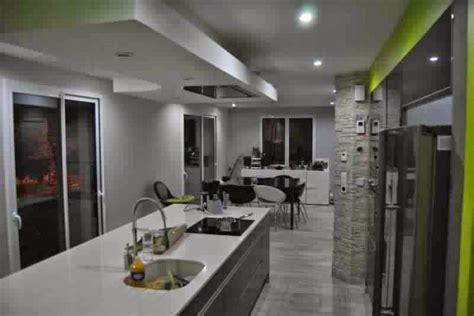 hotte cuisine plafond attrayant ilot central cuisine pas cher 10 hotte ilot