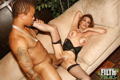 Breasty Mom In Black Stockings Screams As She Gets Her