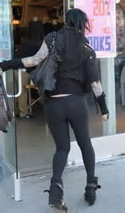 kat von  booty  tights  gotceleb