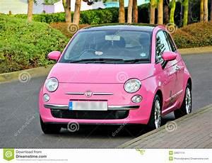 Moderne Autos : moderne pret roze kleine auto stock foto afbeelding 22837114 ~ Gottalentnigeria.com Avis de Voitures