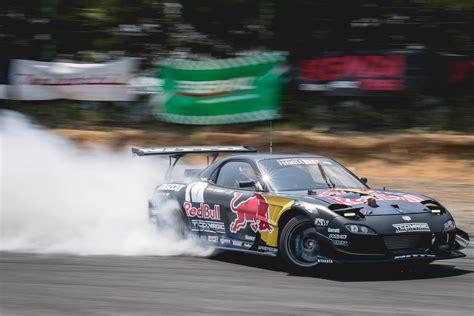 Mad Mike Whiddett Formula Drift
