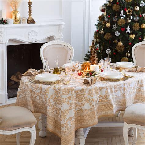 tavola natalizia oro tavola di natale 30 idee per apparecchiare impulse