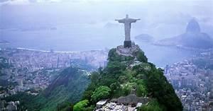 Man Takes Selfie At Christ The Redeemer Statue Rio De