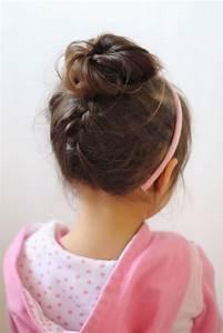 Coiffure Petite Fille Facile : coiffure petite fille originale 40 coiffures de petite fille qui changent des couettes elle ~ Dallasstarsshop.com Idées de Décoration
