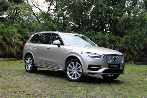 feature   volvo xc   suv youll