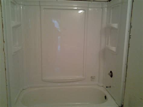 Tub Surround Installation by To Caulk Or Not To Caulk