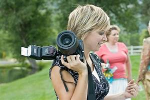 How to find the best wedding photographers 5 questions to for The best camera for wedding photography