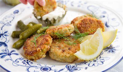 Receptes.lv - Zivju plācenīši ar turku zirņiem