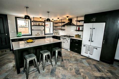 Kitchen Greysteel by 10 Cool Kitchens