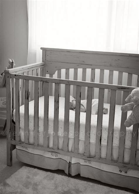 painting a baby crib best 25 painted cribs ideas on yellow crib