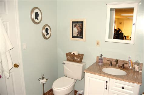 stylish decorating apartment bathroom small home