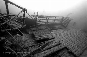 Film Sous Marin Seconde Guerre Mondiale Youtube : fortunes de mer wilhelm gustloff 1945 cette l gende le titanic pinterest paquebot ~ Medecine-chirurgie-esthetiques.com Avis de Voitures