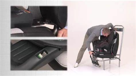 installer siege auto vidéo d 39 installation du siège auto izi comfort x3 isofix