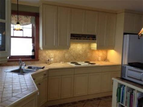 peinture melamine cuisine peinture armoires de cuisine