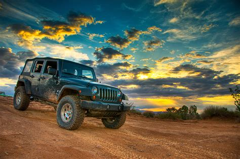 moab  jeep   great sunset davd photography