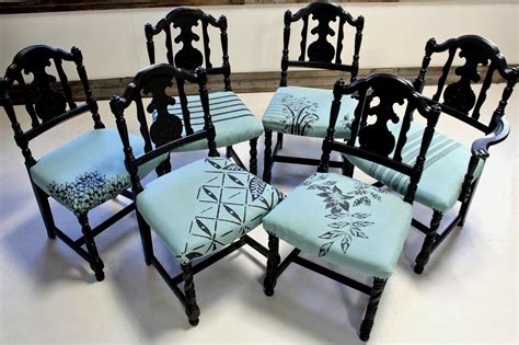 Kitchen Chair Upholstery by How To Update Dining Chairs How Tos Diy
