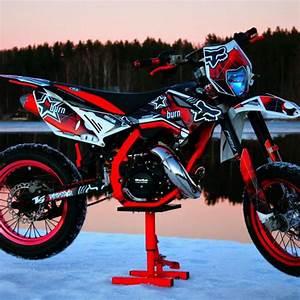 Beta Rr 125 Lc Dekor : welche teile hat er bei dieser beta ver ndert tuning moped ~ Kayakingforconservation.com Haus und Dekorationen