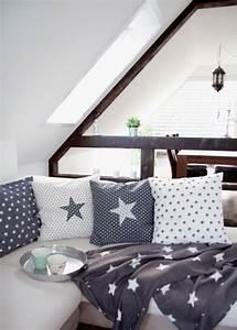 Kissen Mit Stern : kissen mit stern design dots ~ Markanthonyermac.com Haus und Dekorationen