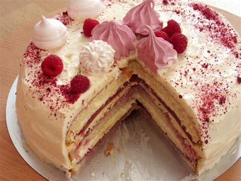 Janas kūkas: Piektdienas vakara kūka