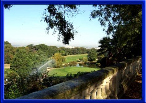 le mont liban nimes la tour magne a nimes 30000