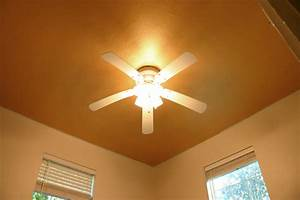 Light Textured Ceiling Paint How To Paint A Ceiling With Gold Metallic Paint Checking