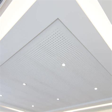 dalle faux plafond acoustique intressant dalle plafond faux plafond en pltre en dalle acoustique perfor geodeco with faux