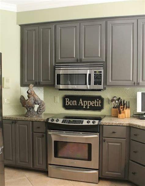 repeindre meuble cuisine en bois couleur peinture cuisine 66 idées fantastiques