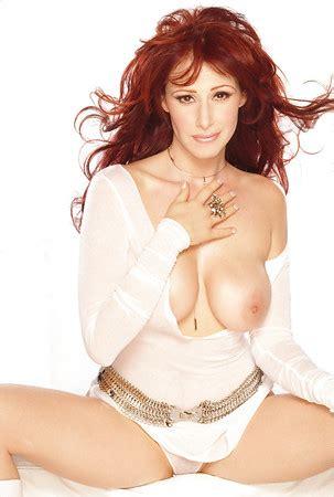 Nackt Debbie Gibson  Debbie Gibson