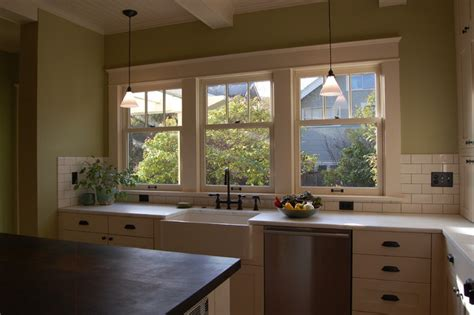 arts and crafts kitchen design ideas arts and crafts kitchen craftsman kitchen portland 9042
