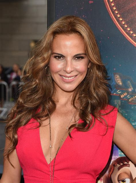 Exclusive Kate Del Castillo Talks Netflix's Ingobernable