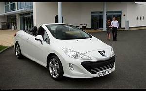 Peugeot 308 2009 : 2009 peugeot 308 cc widescreen exotic car photo 05 of 44 diesel station ~ Gottalentnigeria.com Avis de Voitures