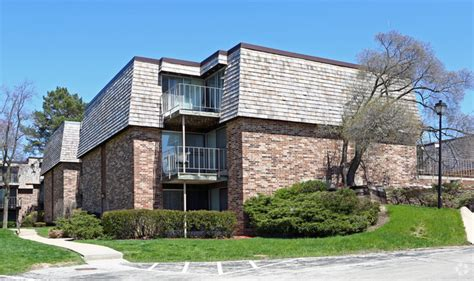 normandy village apartments  rent  wauwatosa wi