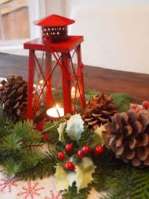 lanterns for wedding centerpieces 30 eye catching christmas table centerpieces ideas