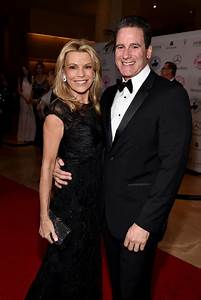 Vanna White is still single or Married After Divorce from ...