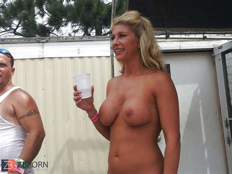 Towheaded Contestants At Nudes A Poppin Zb Porn