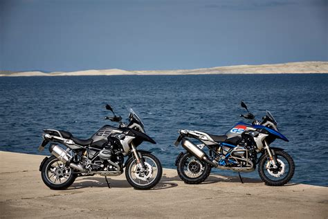 Bmw Motorcycle Financing by Bmw Motorcycle Sales Decline As Dealers Await New Models