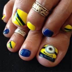 Minion toe nail art designs ideas trends stickers