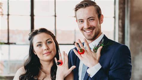 divorce     wedding ring